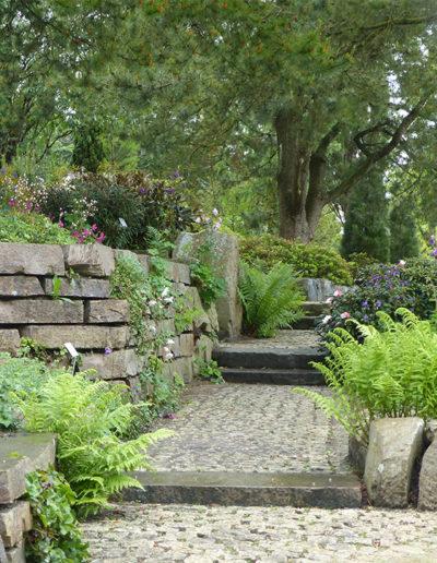 Lansmann: Natursteinpflaster Garten