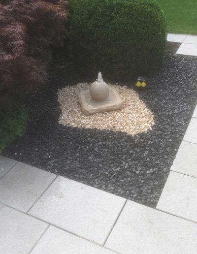 Lansmann: Wasserspiel aus Bentheimer Sandstein